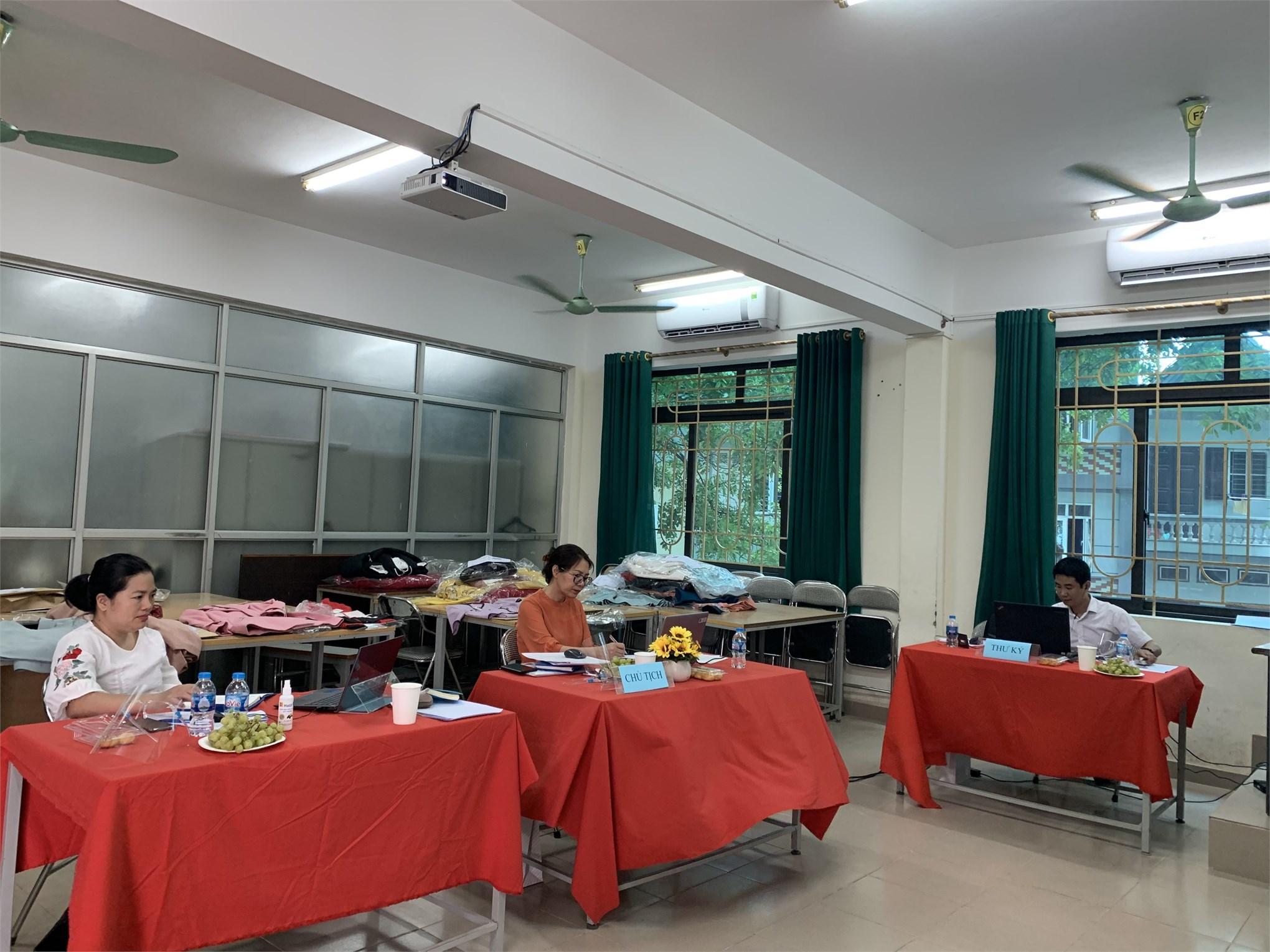 Lễ bảo vệ đồ án tốt nghiệp ngành Công nghệ Dệt, May Hệ Đại học khóa 12 - Khoa Công nghệ May-TKTT